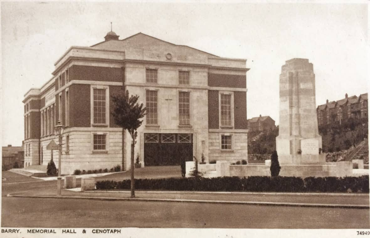 Postcard of the Memo building and Senotaph.